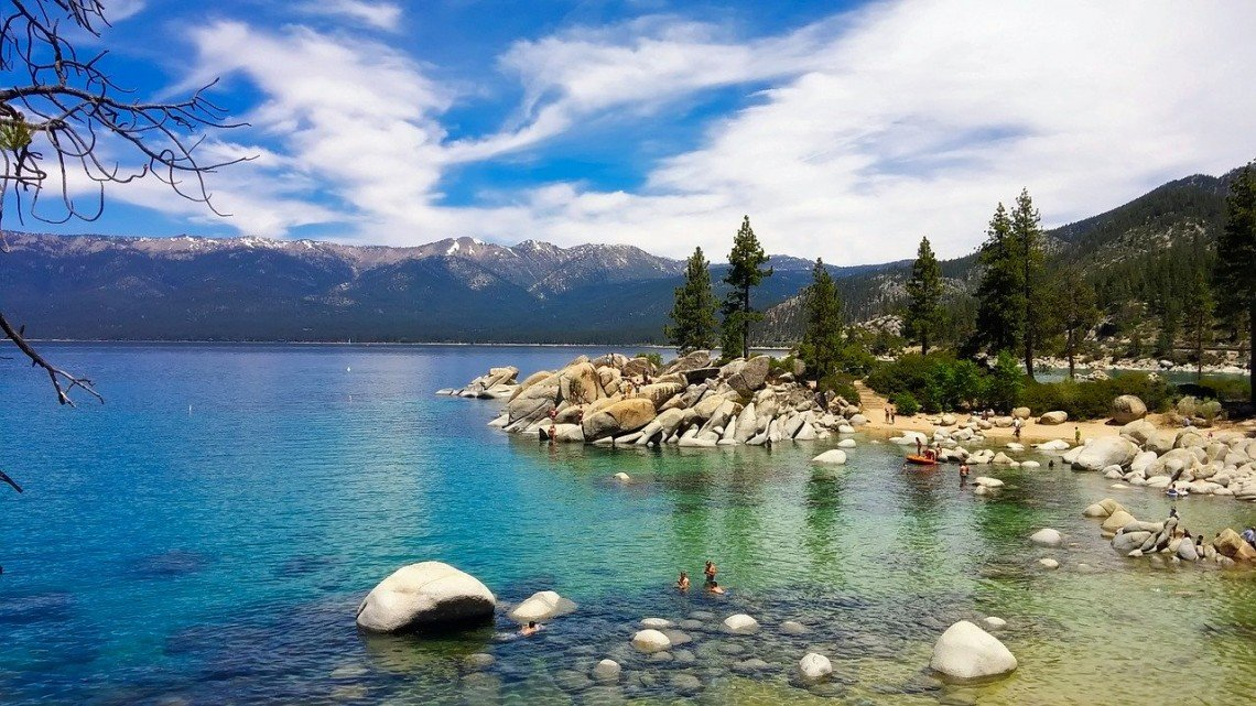 lake tahoe clear blue waters