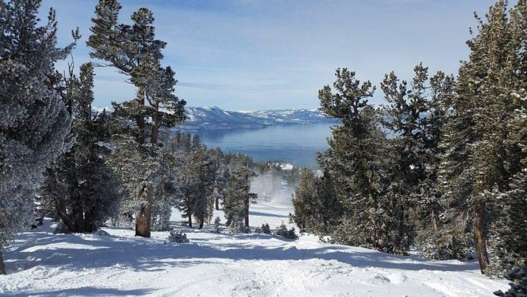 lake tahoe from ski resort